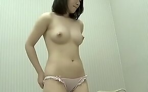 Young mom shop for new sexy bra