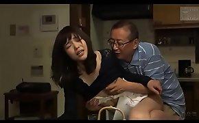 Japanse schoonvader en schoondochter (Zie meer:  porn video 2ReMYhc)